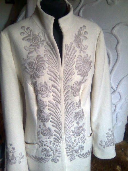 ÖRÖKsÉG.hu.  Gorgeous Hungarian Jacket - Must have this...
