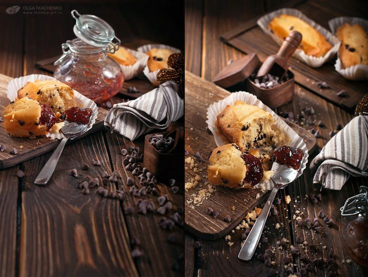 Cupcakes with chocolate drops. Diptych.