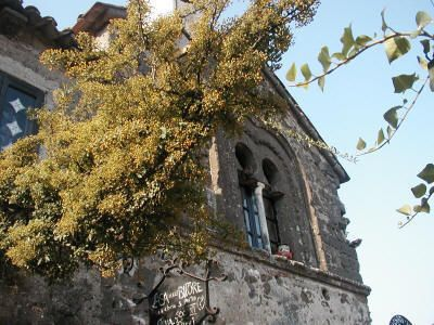 Casertavecchia, la Casa delle bifore