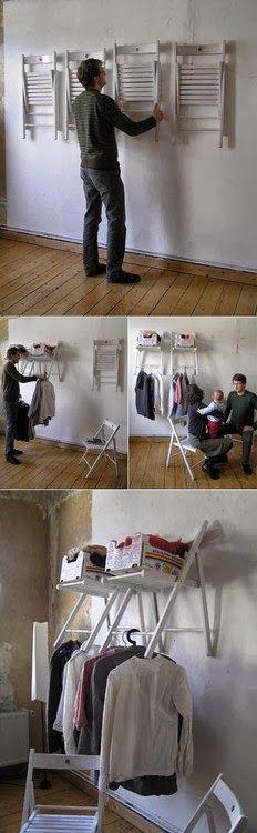 Other way to use chairs Organizing unclutter idea Space saver cheap Sillas plegables como colgadores de ropa barato util idea de decoracion creativa organizacion y orden