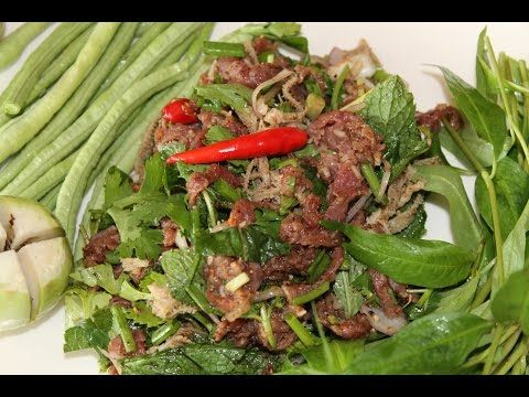Recette du Laos: Salade de Boeuf cru (lap ngoua dip) - YouTube