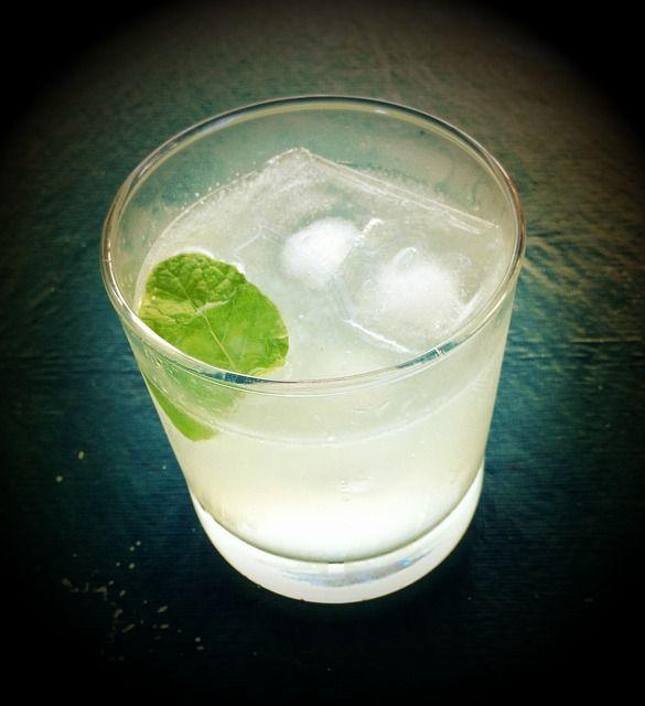 Tonic Water: Sorten, Geschichte & Geschmack