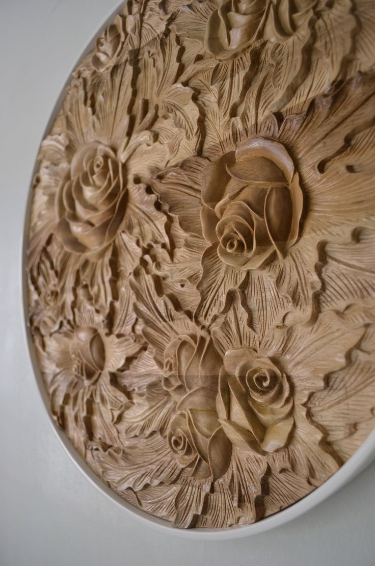 Rosa Taking Inspiration From The Carving Skills Of A Local