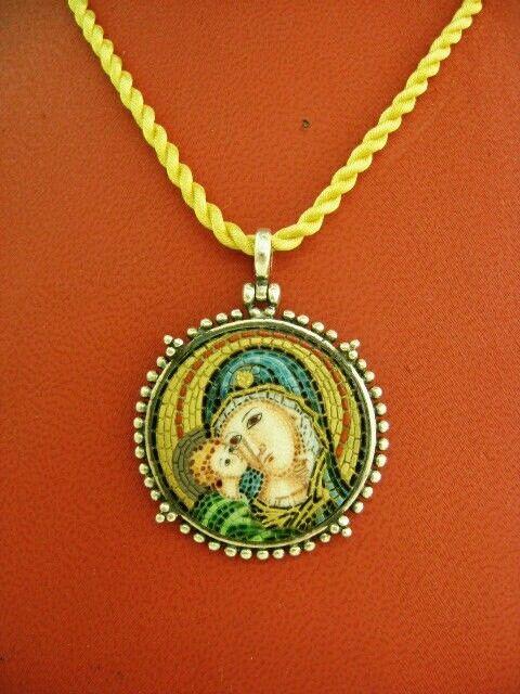 #VirginMary#Jesus#micromosaic#porcelain #etsy #jewelry #necklace #silver #circle #religious #motherandchild#thelittleshopathens http://etsy.me/2D7Vj0h