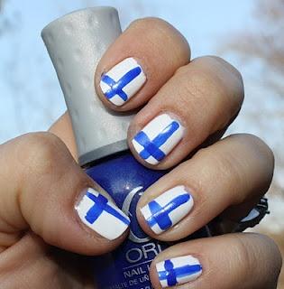 Finnish Flag Nail Art