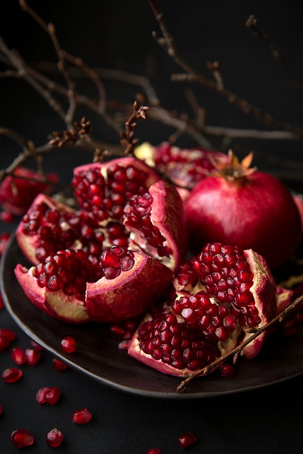 Pomegranate | found in our Scentsy fragrances candied pomegranate, perfectly pomegranate, autumn sunrise, and sugared cherry.