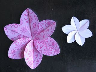 SIMPLY PAPER: Easy Folded Flower Tutorial