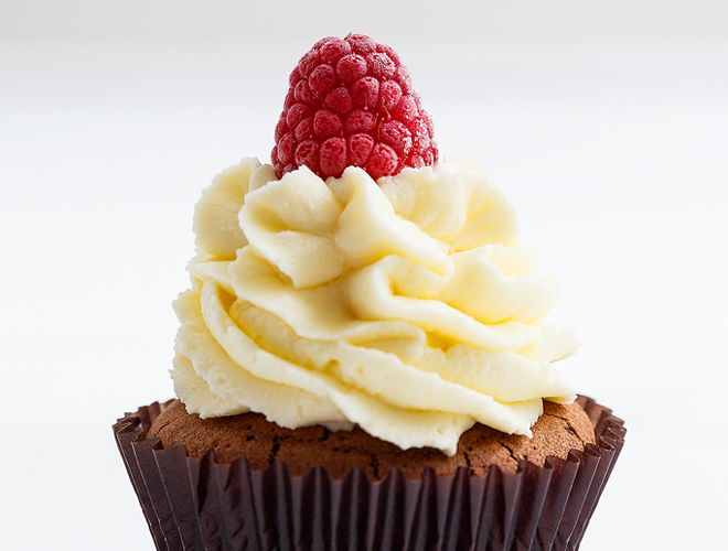 Cupcake σοκολάτα με βατόμουρο