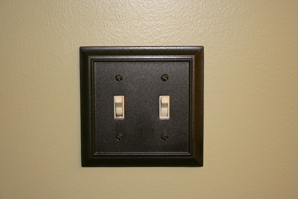 We Spraypainted Our Old Chrome Outlet Covers And Light Switch Plates