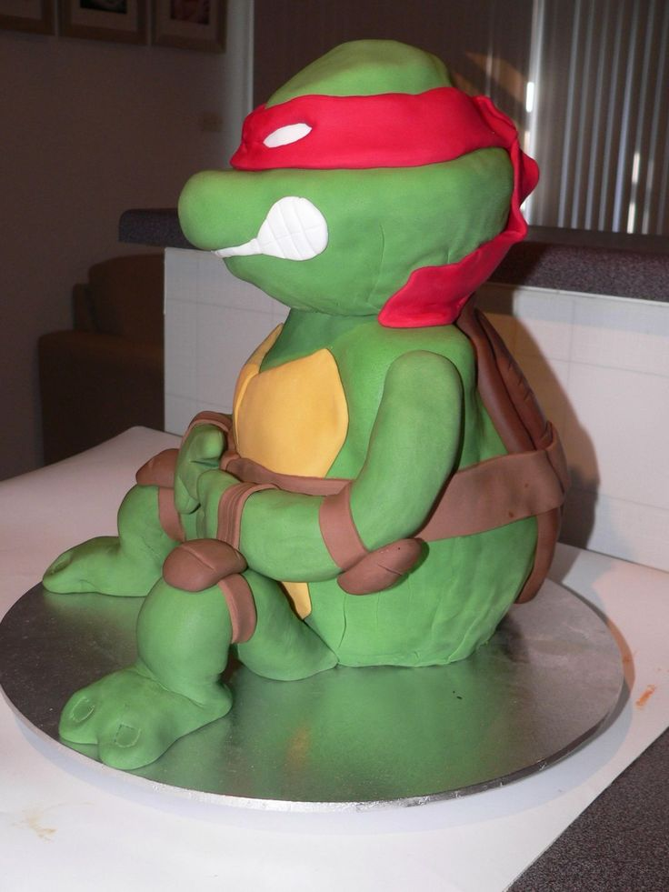 3d ninja turtle - hand carved 3d ninja turtle like how he turned out had problems getting fondant smooth