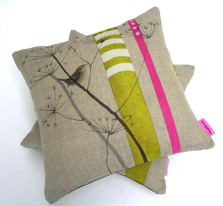 JENNY WREN CUSHION, Linen pillow for nature lovers with cow parsley and wren, dots and stripes