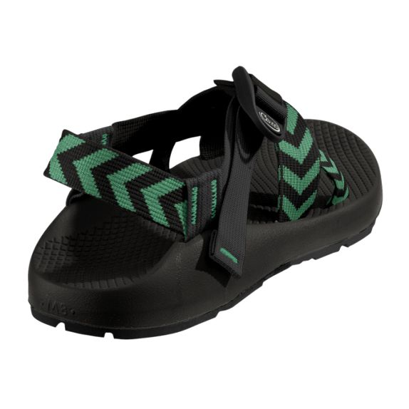 OOOOHHHH MY GOSH!!!! I LOOOVE these chevron chacos!!!!!!! I HAAVE to have these chacos!!!!!!!!!!!!!!!!!<3 <3 <3 <3