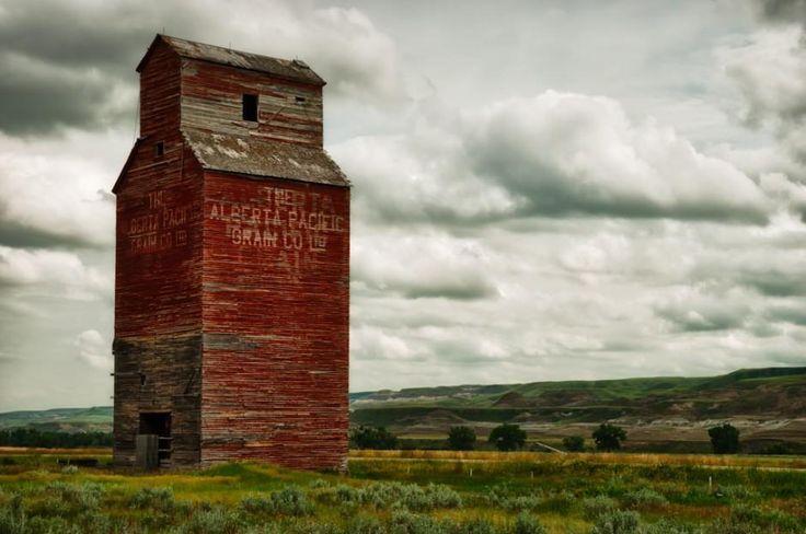 Canadian prairies. #ExploreCanada #Canada #CanadaDay