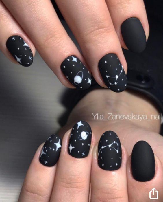 unas cosmicas Das war so perfekt mit einem matten Hintergrund – Nagelkunst Design