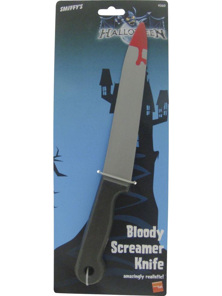 Veitsi veressä. Veitsen terä on veren tahrima ja mikäli roiskeita ei näytä olevan riittävästi, voi lisätehoa tuoda erikseen myytävällä keinoverellä.