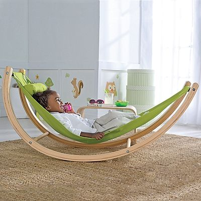 Kids hammock - seriously cool #kids #kidsdecor #louningaround #hammock