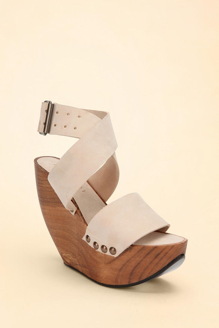 i wish.: Tall Wedges, Spaces, Platform Wedges, Minimarket Wedges, Wooden Platforms, Minimarket Space, Wedge 348