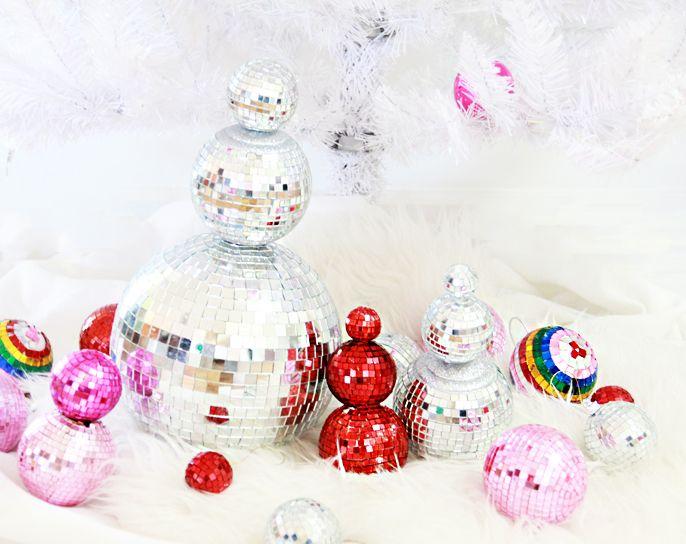 A Bubbly Life  DIY Disco Ball Snowman. 17 b sta bilder om Holiday backroom ideas p  Pinterest   Tr d