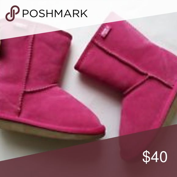 Little Girl Pink EMU boots hardly used  no stains or discoloration small toe scuff and wear on heel (bottom) Emu Shoes Boots