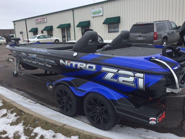 Nitro Z21 Boat Wrap #ultimateboatwraps #nitroboatwraps ...