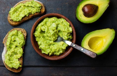 Pasta de avocado cu usturoi, gata in 5 minute - foodstory.stirileprotv.ro