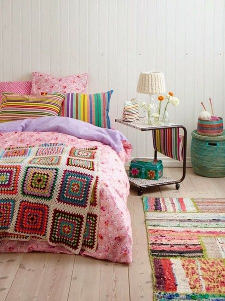 Love this #colorful #bedroom