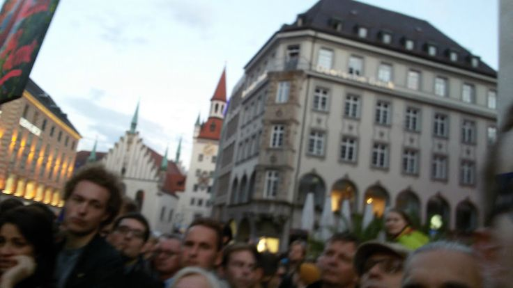 Vlad: Crowd boos and whistles at Merkel in Cologne about an hour ago #tcot #tgdn