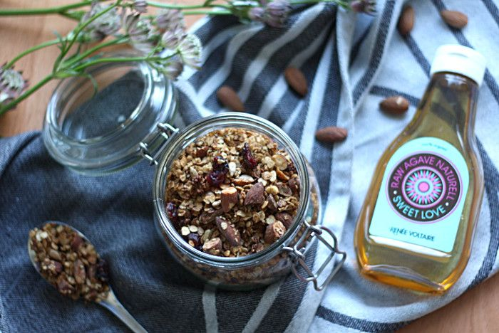 HOMEMADE GRANOLA — LIFE BY VEGAN #vegan #granola #recipe