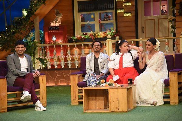 The Kapil Sharma Show: Nawazuddin Siddiqui's dance and Bharti Singh lifting Bidita Bag were the highlights of the episode #FansnStars
