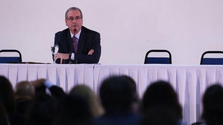 Eduardo Cunha renuncia presidência da Câmara