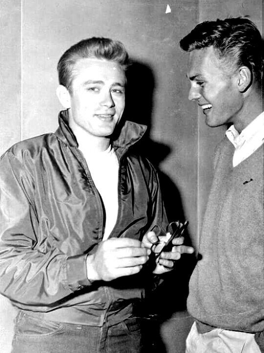 1955. James and Tab Hunter on the set of Rebel Without a Cause.