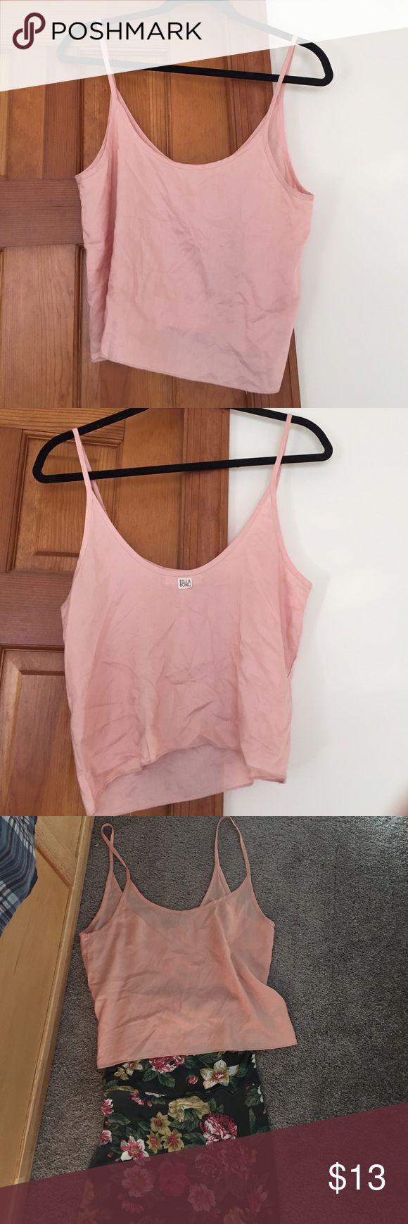 Powder Pink billabong crop top Cute little linen billabong crop top! Goes PERFECT with this rose Maxi skirt (also sold in my closet) bundle for an amazing outfit! Billabong Tops Tank Tops