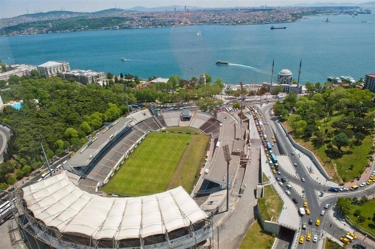 İstanbul BJK İnönü Stadyumu