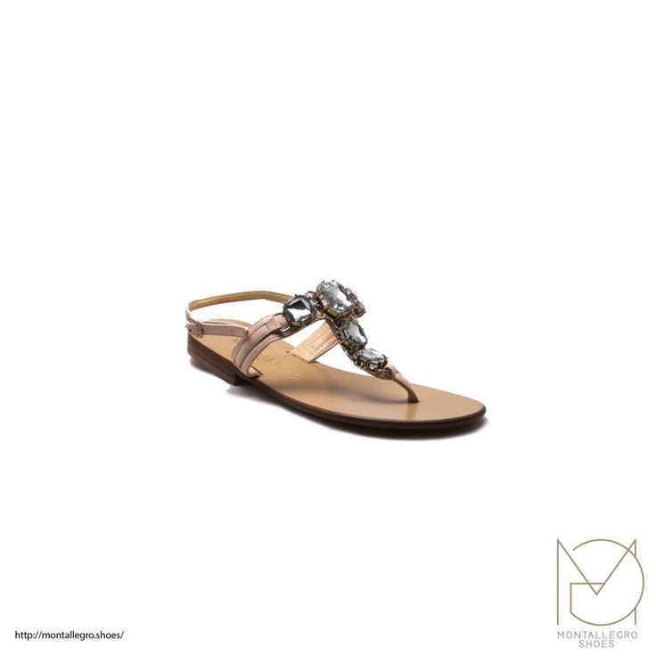 Pantelleria - Handcrafted Leather Sandal,Slipper and Flip flop di MontallegroShoes su Etsy #shoes #etsy
