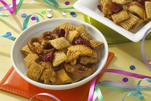 Kidney safe snack mix  Update: I made this one.  It has potential but it is a little heavy om graham cracker flavoring and I would suggest halving the ingredients when you first try it.