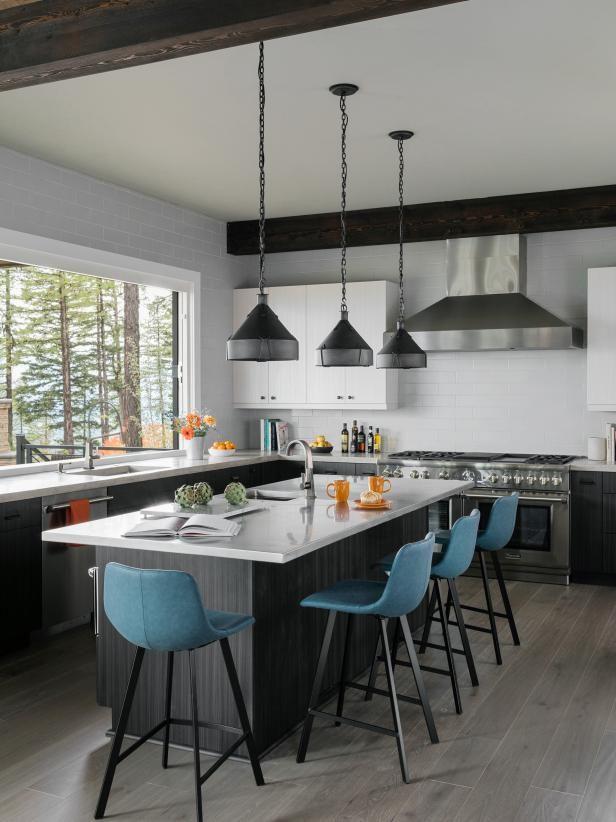 Hgtv Com Tour Hgtv Dream Home 2019 Hgtv Dream Home 2019 Hgtv Farmhouse Kitchen Design Home Kitchens Hgtv Dream Home