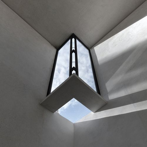 carlo scarpa, architect: gypsoteca del canova, extension of the canova museum in possagno, italy 1955-1957. detail, corner skylight by seie...