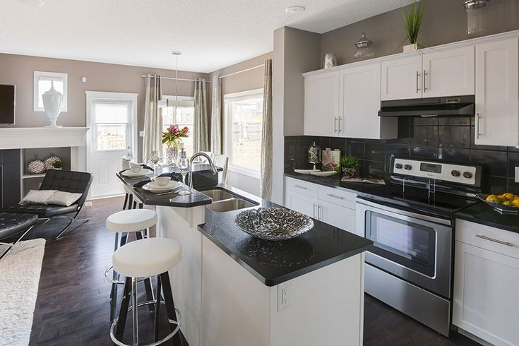 The layout in this model's kitchen is so efficient!