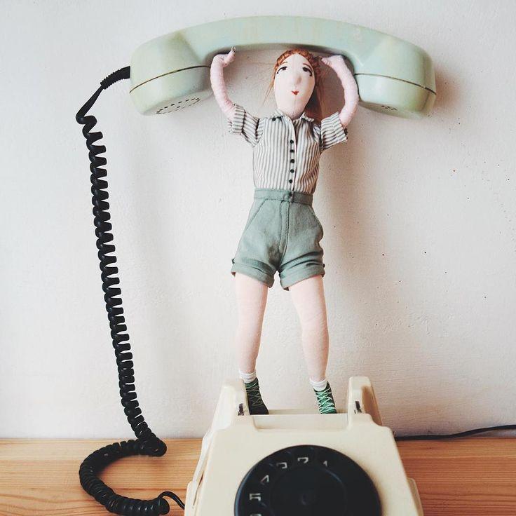 muschi de craciun . #secretsanta . #maistriidesigneri . . . #musclebuilding#characterdesign#creativemag#papusa#creativeprocess#process#surrealism#toyphotography#toystagram#girl#green#ig_bucharest#romanianartist#ig_romania#illustration#telephone#phone#oldphone#puppet#edits_of_our_world#artistsoninstagram#retro#retrophone#surrealphotography#diy#toys#puppets