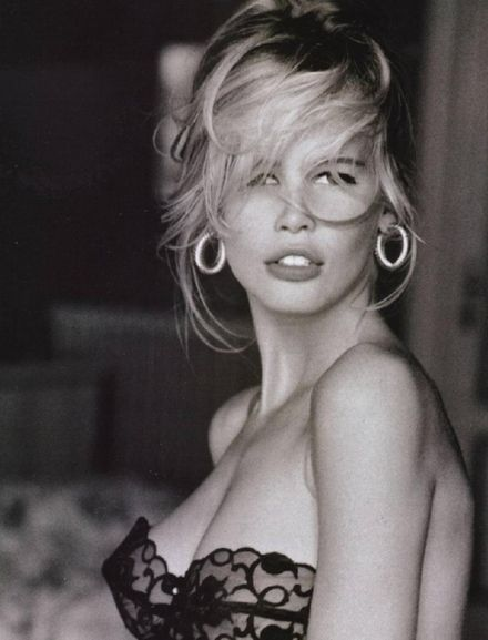 Claudia Schiffer.  Guess had my fav ad campaigns for a long time.