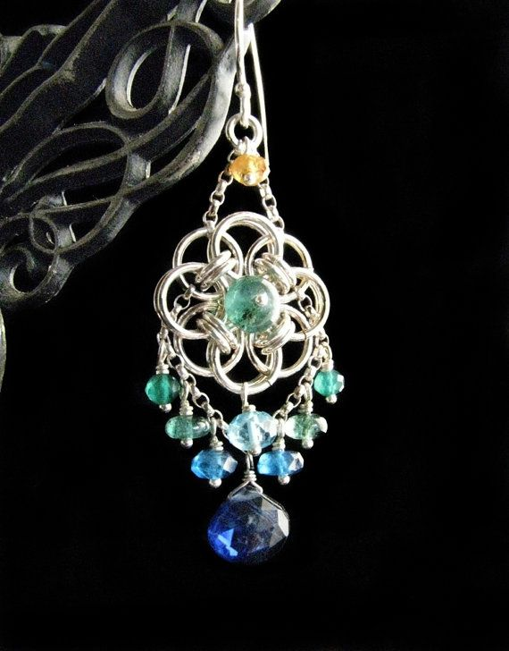 Chainmaille Earrings -  Love the color in these! How classy...