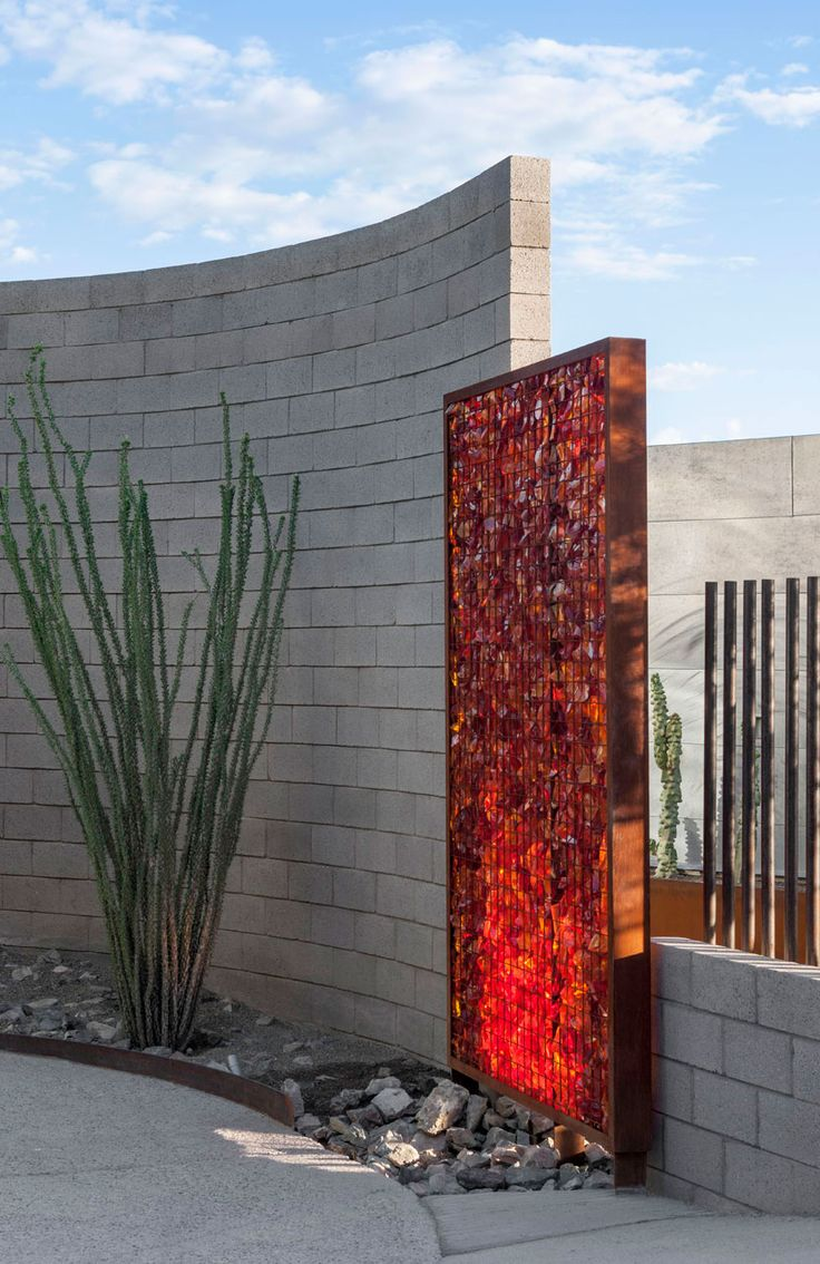Glass Gabion feature wall. Hummingbird House, Paradise Valley (landscape…