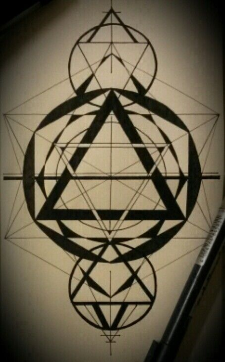 #geometricdesign#tattoodesign#BOLKEART