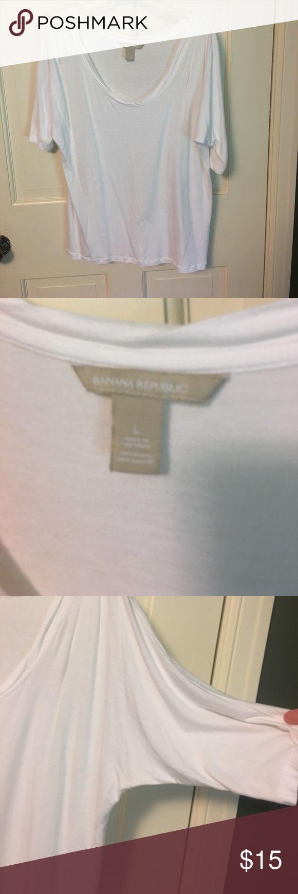 Banana Republic thin dressy tshirt size L Only worn twice, perfect for layering. Banana Republic Tops Tees - Short Sleeve