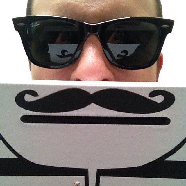 Y que tal si todos los que tienen un bigotes hacemos un #movember #BILLEGAS para apoyar la salud masculina | Flickr - Photo Sharing!