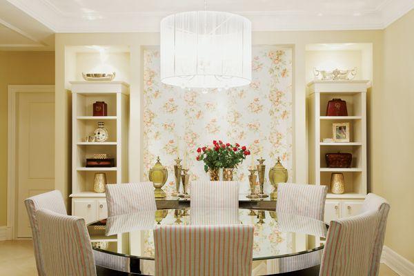 Decoração de sala clássica e toques de romantismo. - Borges Landeiro - Imóveis a venda - Apartamentos prontos para morar em Goiânia e Brasília