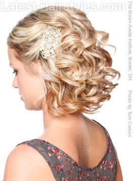 Thinking this is how i'll wear my hair for a wedding