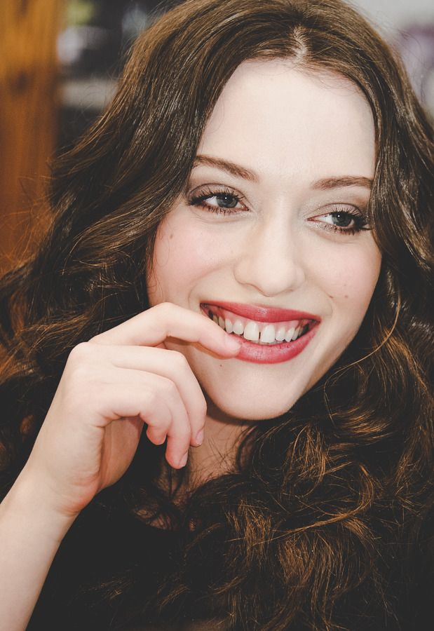 Kat Dennings Teeth