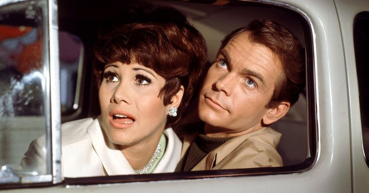 Dean Jones, Affable Star in 'Love Bug' and a Disney Fixture, Dies at 84