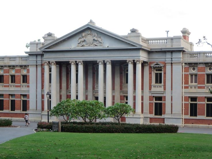 The Neoclassical Supreme Court of Western Australia (1903) is located in Stirling Garden, Perth.